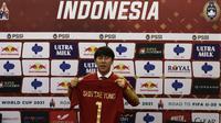 Pelatih Timnas Indonesia, Shin Tae-yong, dalam perkenalan pelatih Timnas Indonesia di Stadion Pakansari, Cibinong, Sabtu (28/12). PSSI Kontrak Shin Tae-yong 4 Tahun sebagai Pelatih Timnas.(Bola.com/Yoppy Renato)