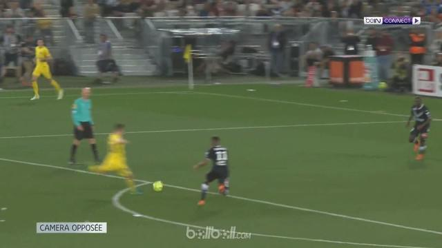 Berita video PSG masih terus meraih kemenangan meski sudah dipastikan juara Ligue 1 2017-2018. Kali ini mereka menang 1-0 atas Bordeaux. This video presented by BallBall.