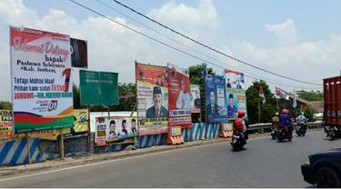 Spanduk Dukungan Jokowi-Ma'ruf Amin Warnai Kampanye Prabowo dan Sandiaga Uno