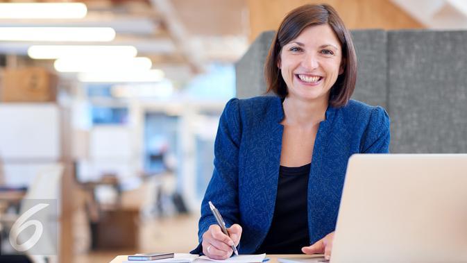 9 Hal yang Wajib Dikuasai Wanita agar Karier Sukses di ...