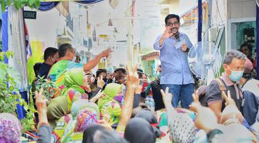 Machfud Arifin menerima dukungan dari  warga Kelurahan Gundih, Surabaya