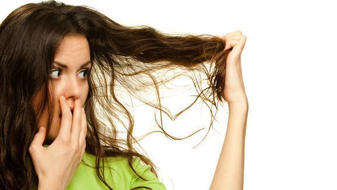 Tips Mudah Agar Rambut Terlihat Bersih Walau Belum Keramas - Beauty ... f1fb789e01