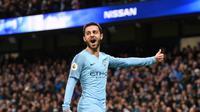 Gelandang Manchester City Bernardo Silva merayakan gol ke gawang Bournemouth pada laga Liga Inggris di Etihad Stadium, Sabtu (1/12/2018). (AFP/Oli Scarff)