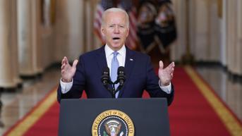 Kurangi Ketegangan, Joe Biden Akan Telepon Presiden Prancis Bahas Pakta AUKUS