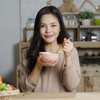 Manfaat mengonsumsi sup ayam./Copyright shutterstock.com/g/chaythawin