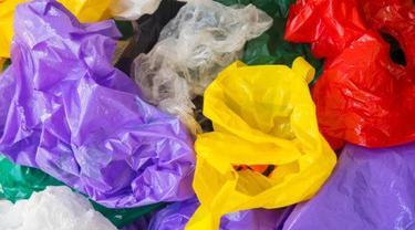 ilustrasi kantong plastik.