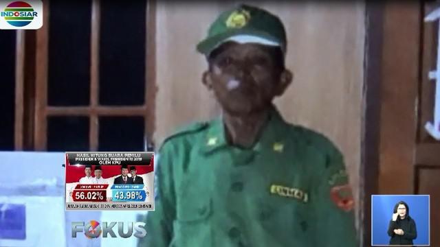 Saat itu, Somo Dikin mengeluh sakit dan minta izin pulang ke rumah. Oleh keluarga, warga Desa Purwosari tersebut dibawa ke rumah sakit.