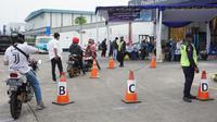 Rapid test di pabrik Aice Bekasi. (dok. Aice/Dinny Mutiah)
