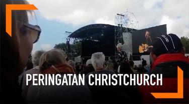 Acara peringatan penembakan di Christchurch digelar untuk menghormati para korban dan keluarganya. Sekitar 100 tokoh dari 59 negara turut hadir dalam acara ini. Salah satunya Yusuf Islam atau Cat Stevens, penyanyi yang terkenal lewat lagu 'Peace Trai...