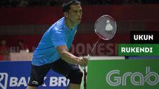 Berita video pebulutangkis Ukun Rukendi gagal mengalahkan wakil India Pramod Bhagat dengan skor 21-19, 15-21, 21-14 pada ajang Asian Para Games 2018.
