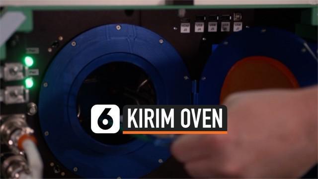 NASA meluncurkan kapsul kargo yang berisi oven khusus untuk digunakan di luar angkasa. Bersama bahan-bahan lainnya, 'oven antariksa' itu diterbangkan dari Virginia, Amerika Serikat.