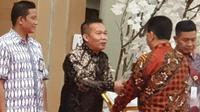 Penghargaan predikat Baik Kemensos diwakilkan oleh Kepala Biro Umum Kementerian Sosial RI Adi Wahyono.