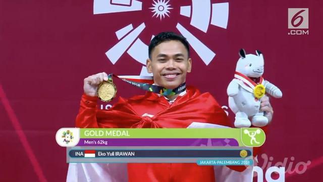 Eko Yuli Irawan menambah pundi-pundi medali tuan rumah lewat cabang olahraga angkat berat untuk nomor 62 kg putra.