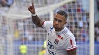 4. Memphis Depay - Pemain berusia 26 tahun ini dikenal sebagai striker yang cerdik dan pandai memecah konsentrasi pertahanan lawan. Depay sendiri telah menyumbangkan enam gol untuk Lyon di Liga Champions. (AFP/Romain Lafabregue)