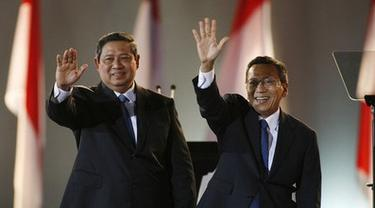 Poster SBY-Budiono