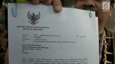 Mantan Menpora dilaporkan oleh seorang warga ke Polres Metro Jakarta Pusat. Roy dilaporkan karena diduga menggelapkan sejumlah aset negara bernilai miliaran rupiah