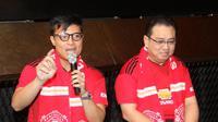 Pangeran Siahaan bersama dengan Managing Director Pernod Richard Indonesia, Edhi Sumadi