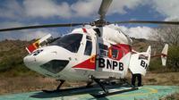 Helikopter BNPB membantu operasi penanganan COVID-19 di Nusa Tenggara Timur untuk pendistribusian logistik dan pengambilan hasil spesimen pengujian COVID-19. (Tim Komunikasi Publik Satgas Penanganan COVID-19)