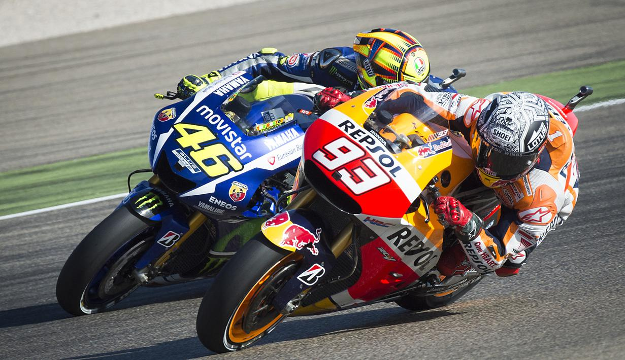 Valentino Rossi dan Marc Marquez terkenal karena persaingan keduanya dalam merebut juara MotoGP beberapa tahun silam. (Foto: AFP/Jaime Reina)