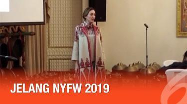 Empat desainer Indonesia, Dian Pelangi, Itang Yunasz, Alleira Batik, dan 2 Madison Avenue akan memamerkan busana rancangannya di New York Fashion Week pada 7 Februari 2019.