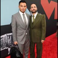 Marc Jacobs kenakan sepatu menterang yang sihir red carpet MTV VMA 2019 (Foto: instagram/themarcjacobs)