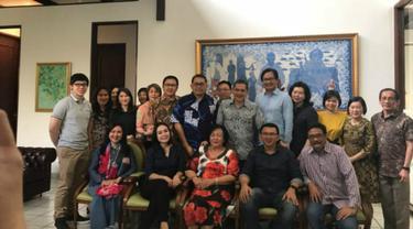 Ahok berkumpul bersama keluarga, Bripda Puput, dan sahabat