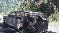 Kondisi mobil milik Cawagub NTT usai terbakar (Liputan6.com/Ola Keda)