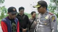 Pemuda di Palangkaraya diduga membakar lahan ditangkap polisi, hingga sejumlah harga sayuran juga bergerak naik.