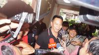Calon Gubernur Jawa Barat TB Hasanuddin memeriksa kesehatan di RS Hasan Sadikin Bandung. (Liputan6.com/Huyogo Simbolon)