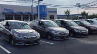 Sejumlah mobil Honda di dealer Honda Metro North Carolina, Amerika Serikat kehilangan roda akibat dicuri. (Autonews)