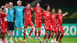 2. Bayern Muenchen (100 gol dari 34 pertandingan) - Banyer Muenchen mencetak 100 gol di komepetisi musim ini. Robert Lewandowski, Serge Gnabry, Thomas Muller, Philippe Coutinho dan Leon Goretzka menjadi sumber gol Bayern Muenchen. (AFP/Robert Michael/pool)