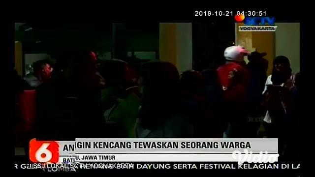Selain membuat sejumlah warga di Desa Sumberbrantas, Bumiaji, Kota Batu, Jawa Timur, memutuskan mengungsi, terjangan angin kencang juga membuat seorang warga meninggal dunia.