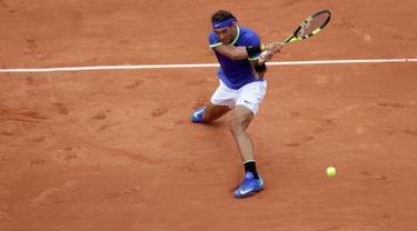 20170529-Nadal Lolos ke Babak Kedua Prancis Terbuka-AP