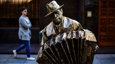 Acara akhir pekan lalu itu adalah festival patung hidup nasional (RONALDO SCHEMIDT / AFP)
