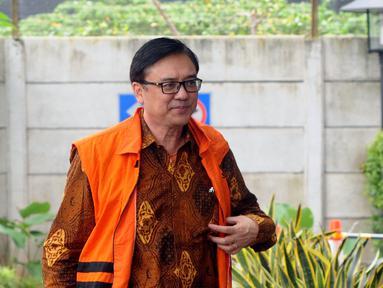 Direktur Operasional Lippo Group Billy Sindoro tiba di Gedung KPK, Jakarta, Jumat (30/11). Billy diperiksa sebagai tersangka terkait dugaan suap terhadap Bupati Bekasi Neneng Hasanah Yasin. (Merdeka.com/Dwi Narwoko)