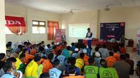 Suasana Honda Dream Cup (HDC) Tour di SMK Muhammadiyah Banjamarin, kemarin. Acara tersebut menjadi bagian dari Honda Dream Cup (HDC) 2019 Banjarbaru, Kalimantan Selatan. (FOTO / HDC)