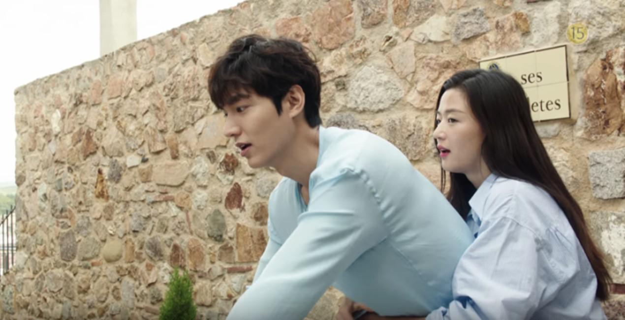 Lee Min Ho dan Jun Ji Hyun di Legend of the Blue Sea. (via SBS)