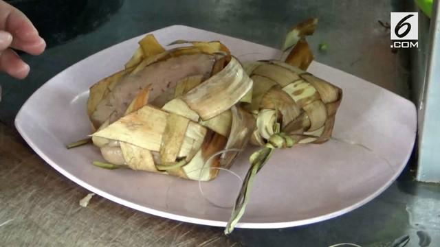Menjelang bulan Ramadhan, industri kuliner banyak melakukan inovasi, seperti adanya Bakso Ketupat.