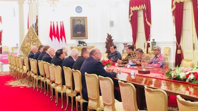 Jokowi temui delegasi Senat Ceko (Merdeka.com/Titin Supriatin)
