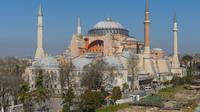 Sebuah ereja zaman Yunani Orthodox di Turki yang sempat beralih fungsi sebagai masjid dan kini dijadikan museum