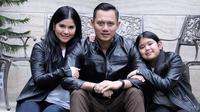 Agus Harimurti Yudhoyono bersama istrinya Anisa Pohan dan Aira Yudhoyono. (Sumber Foto: Instagram/agusyudhoyono)
