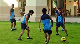 Latihan Timnas Indonesia Minggu (25/11/2012) di Hotel Horses Golden Palace, Kuala Lumpur, Malaysia.  tempat menginap Pemain Timnas Piala AFF 2012.