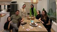 Shafa Harris rayakan ulang tahunnya berang keluarga, termasuk sang ayah. (Sumber: Instagram/@queen_saritaabdulmukti)
