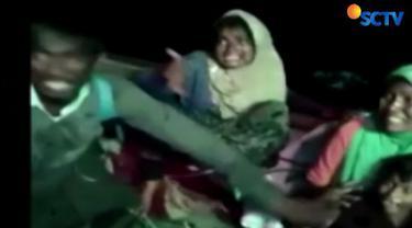 Saat diselematkan di Kuala Idi, Aceh, kondisi pengungsi rohingya asal Myanmar sangat memprihatinkan.