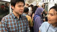 Putra Ahok, Nicholas Sean Purnama, saat naik MRT Jakarta. (dok.Instagram @nachoseann/https://www.instagram.com/p/BvZILLpFBAK/Henry