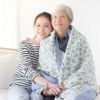 Ibu yang tak mudah menyerah jalani hidup./Copyright shutterstock.com/g/jokekung
