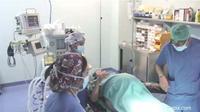 Ajaib, Ibu Usia 64 tahun Lahirkan Bayi Kembar