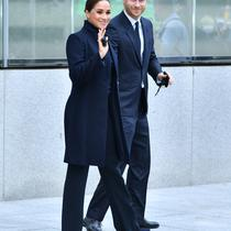 Meghan Markle dan Pangeran Harry di  One World Observatory pada 23 September 2021 di New York City. (ROY ROCHLIN / GETTY IMAGES NORTH AMERICA / GETTY IMAGES VIA AFP)