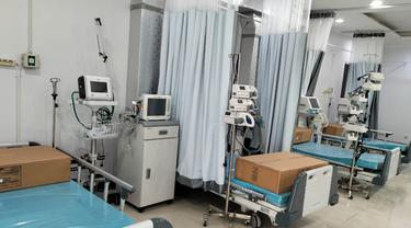 Hari Pertama Pengoperasian RS Darurat COVID-19 Asrama Haji Pondok Gede