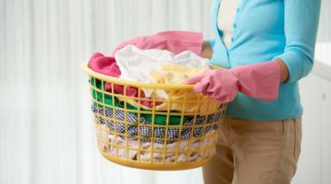 Pisahkan Pakaian Putih saat Dicuci